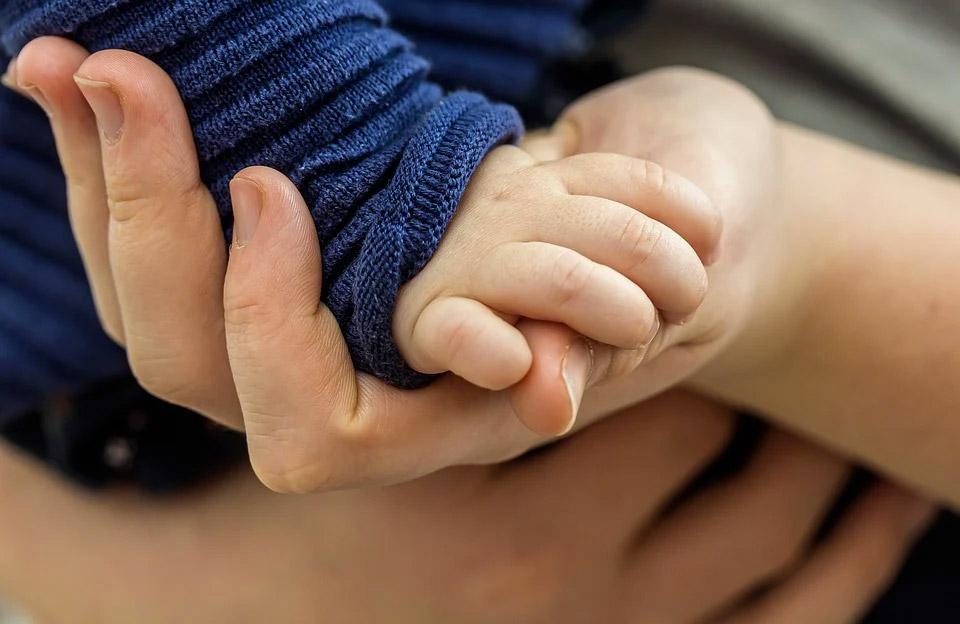 Kinder behandeln mit Naturheilkunde
